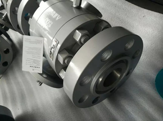 Cina Split Body Construction Floating Ball Valve BSP NPT SW ANSI B 1.20.1 Kursi Intergral FB RB pabrik